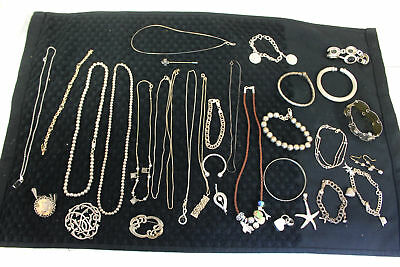 371.9 Grams of Assorted Mixed Lot of 925 Silver, Bracelet, Necklace, Jewelry.