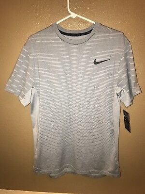 NWT Nike Dri-Fit Ultimate Dry S/S Top 742496-012 Light Grey Size Large $35 OBO