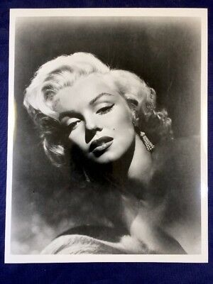 """Beautiful Sultry Hollywood Actress Blond Bombshell Marylin Monroe 8"""" X 10"""" Photo"""