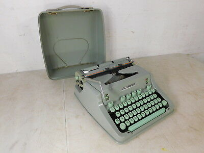 1967 Hermes 3000 HP66 Sea Foam Green Typewriter +Case from Peter Weil Collection