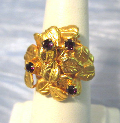 Costume Jewelry Gold Tone Leaves Red Rhinestones Cocktail Ring Size 6 J7259