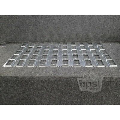 """Box of 50 Thomas&Betts 52 C 14 5/8 Outlet Box Covers, 4"""", Steel"""