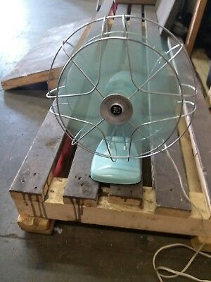 (1950's Vintage).electrohome Long Life Table Fan