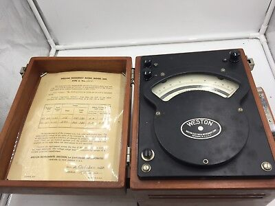 Estate Vintage Weston 339 Type 2 Analog Frequency Meter with Wooden Enclosure