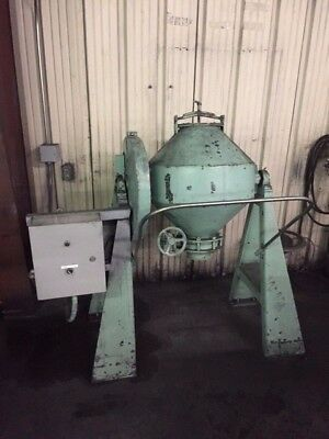 Used 2 cubic foot double cone blender