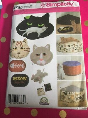 Simplicity Cat Beds and Accessories Pattern 4765 UNCUT Kitten Sewing Carla Reiss