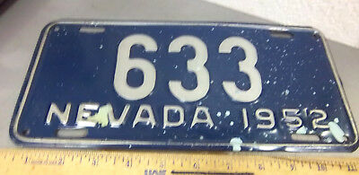 Nevada metal License plate 1952 LOW NUMBER 633, silver on blue issue, unusual