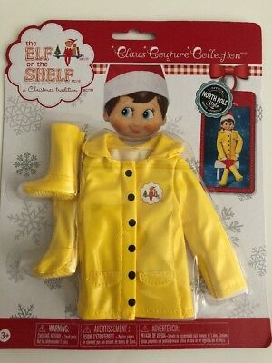 New Unopened Elf on the Shelf Claus Couture Collection Caroling in the Raincoat
