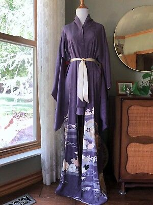 Vintage Silk Kimono Robe Lavender Flowers Scenic Hand Painted Embroidered Lined