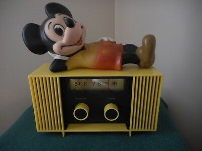 Vintage 1960's Mickey Mouse Battery Operated Radio