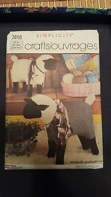 Simplicity Craft Pattern 7418 Stuffed Sheep Uncut FF