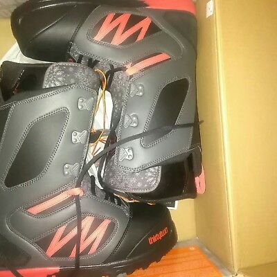 Snowboardboots thirtytwo Mens light JP Walker, Euro 45, Winter 2015-2016 neu