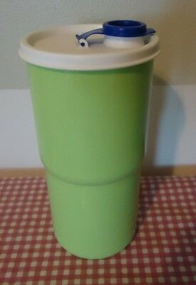 Tupperware lime green Tumbler 30 oz Sz    H Thirstquake  ~free Ship