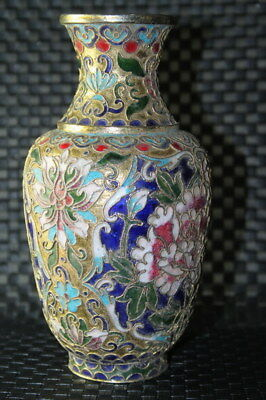 Collectible Exquisite Cloisonne Carved Filigree Flowers Pattern Exquisite Vases