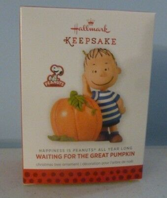 Hallmark 2013 Waiting for the Great Pumpkin Peanuts 3rd in Monthly Series NIB