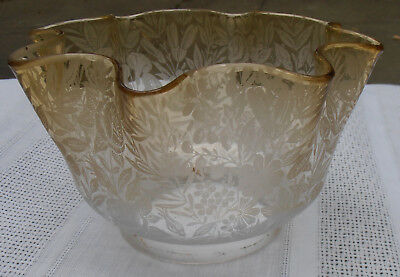 Antique Ruffled - Amber To Clear Lamp Shade - Etched Flowers And Leaf Decoration