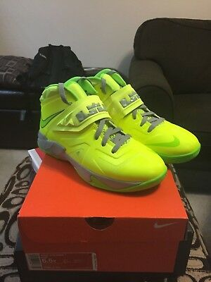 quality design bad51 36510 Sale Nike Lebron Soldier 7 Gs 599818 701 Brand New In Hand Size 5.5Y-