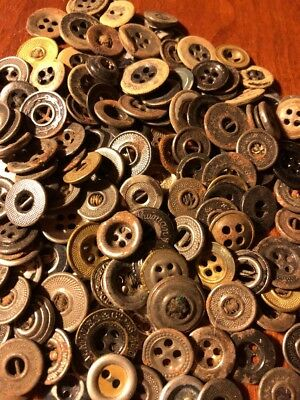 Nice Lot Of Vintage Metal And Plastic paper Work Wear Buttons 160+ lotsp4