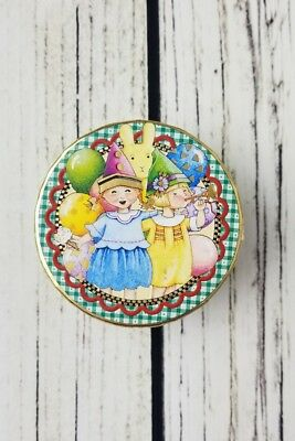 Mary Engelbreit Pooch & Sweetheart Small Round Trinket Party Birthday Gift Box