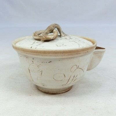 F027: Japanese old porcelain teapot for SENCHA of popular painting style.