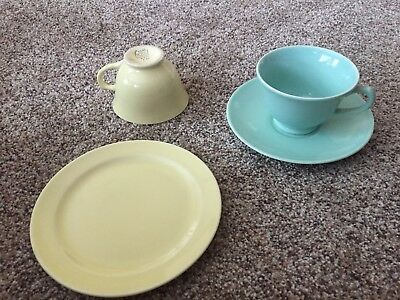 Taylor Smith Taylor TS&T LURAY PASTELS GREEN & YELLOW Cups & Saucer, Sm Plate