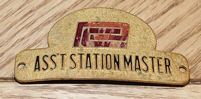 Vintage Penn Central ASSISTANT STATION MASTER Hat Badge