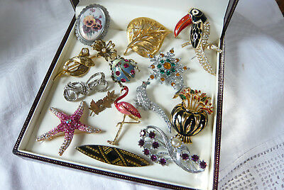 Large Mixed Job Lot Collection Of Vintage/modern Brooches Pins Various Eras