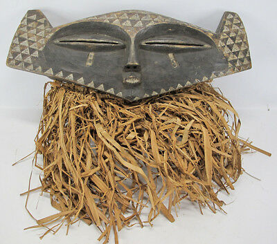 Vintage African Eastern Pende Tribe Hand Carved Wood Face Mask Zaire #28 yqz