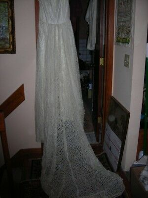 "Antique Lace Wedding Dress With Veil And Train Silk Undergarment 75"" Long"