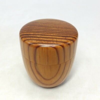 F130: Japanese wooden powdered tea container made from good pine tree