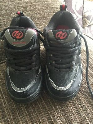 Kids Heelys Size 12 Black With Red Trim Vgc Roller Trainers