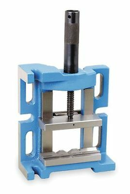 """DAYTON 4CPG1 4"""" 3 Way Drill Press Vise with Fixed Base"""