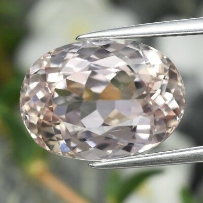 VS 8.09ct 14x10.3mm Oval Natural Untreated Pink Kunzite, Afghanistan