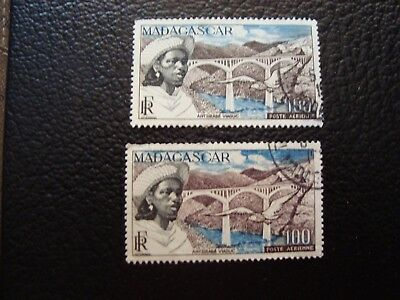MADAGASCAR - stamp yvert/tellier air n° 76 x2 cancelled (A15)