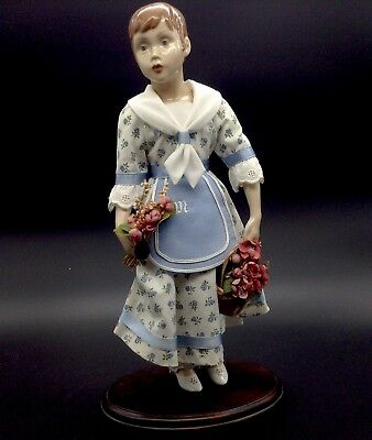 B&G Bing Grondahl Marianne Bouquet Basket Flowers Doll of the Year 1987 Girl