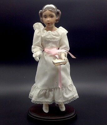 B&G Bing Grondahl Josephine Doll of the Year 1989 Body Wood Base Stand Books