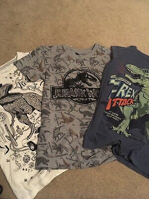 3 x dinosaur t-shirts age 6 to 7
