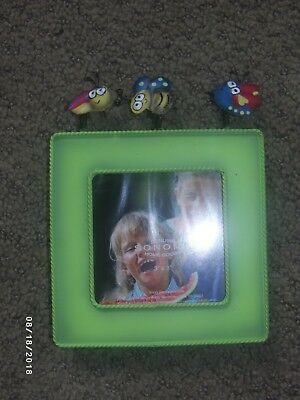 NIB ~ Sonoma 3x3 Picture Frame, Green Metal, Bees