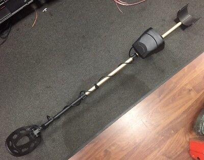 Fisher F5 Metal Detector   Ships Free!