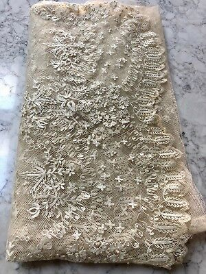 Antique French Lace, wedding veil (1830's)