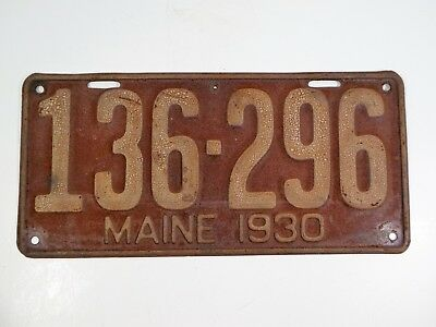 1930 antique red Maine Metal License Plate_#136 296_car automobile truck