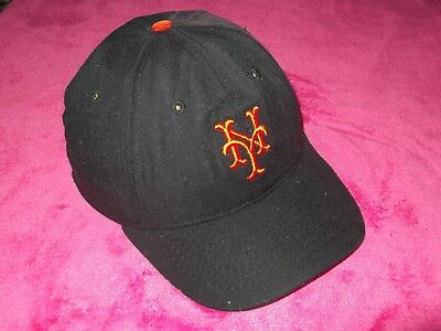 e59a1e7ddac3b New York Giants Mets 1947-1957 Cooperstown Collection Roman Baseball hat cap  MLB