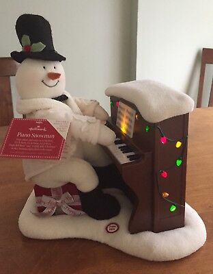 2005 Hallmark Jingle Pals Piano Playing Snowman Animated With lights and Music
