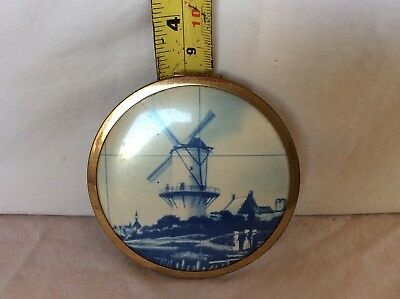 Vintage Windmill compact. Gorgeous peice. Powder still inside