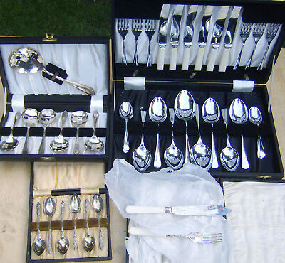 Job lot vintage canteen of cuttlery fish knives soup tea spoons silver plated