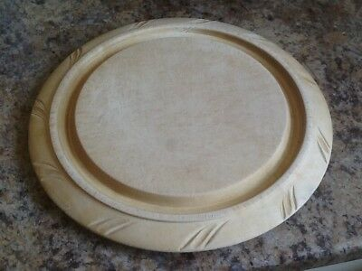 """Vintage Bread Board 11 1/2"""" Or 29 Cms With Deep Crumb Well Surround"""