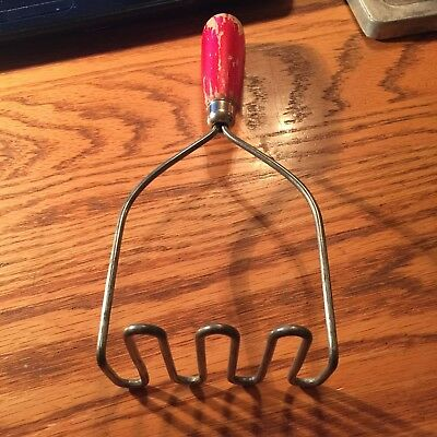 Vintage Wooden Wood Red Handle 4 prong Potato Masher - Made in USA !