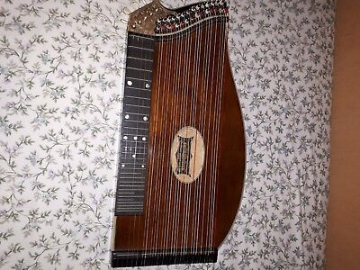 Konzertzither zither.zitter.