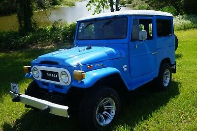 1971 Toyota Land Cruiser Hard Top FJ 40 Land Cruiser