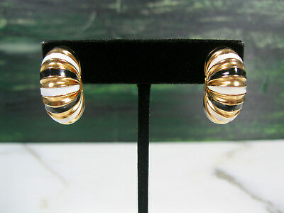 Pr Vintage Solid 14K Yellow Gold Ribbed Puffy Earrings Enameled Black & White